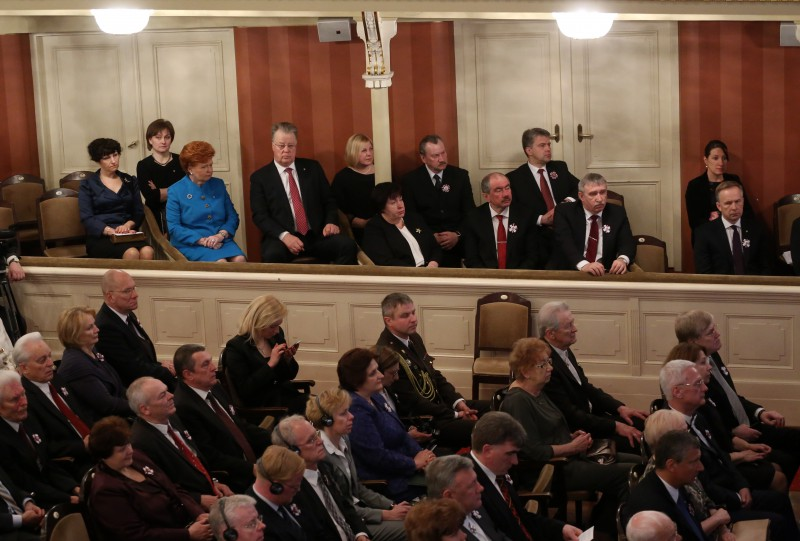 04.05.2015. Representatives of the Supreme Court and of the Constitutional Court were invited to participate in the ceremonial sitting of the Saeima (Parliament) dedicated to the 25th anniversary of restoration of independence of the Republic of Latvia held on 4 May. Ivars Bickovics, the Chief Justice of the Supreme Court, and Peteris Dzalbe, Veronika Krumina and Edite Vernusa, Chairs of departments of the Supreme Court, in guest lodge with former Presidents of Latvia, judges of the Constitutional Court, the Prosecutor General and the Ombudsman