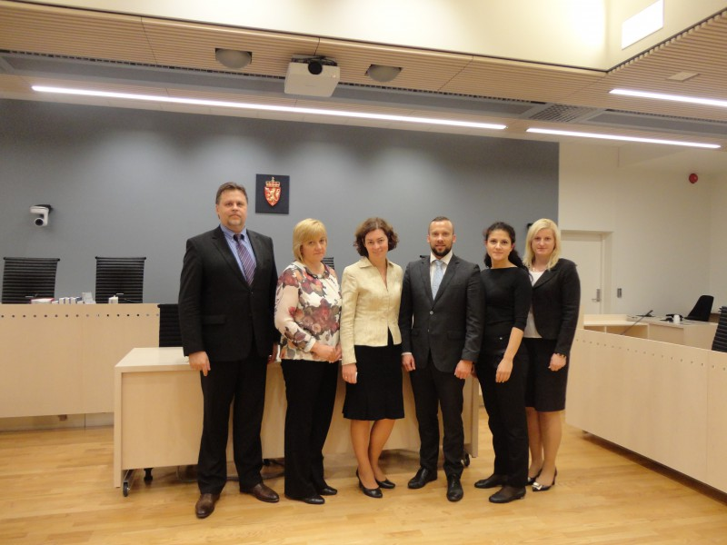 22.06.2015. The Department of Civil Cases of the Supreme Court, having participated in Nordic-Baltic mobility programme for public administration, organised two study visits to Denmark and Norway, visiting Supreme Courts and other courts, Ministries of Justice and Court Administrations. Representatives of the Department of Civil Cases also visited the court room of Oslo district court, which was especially reconstructed for examination of a case of Anders Behring Breivik.
