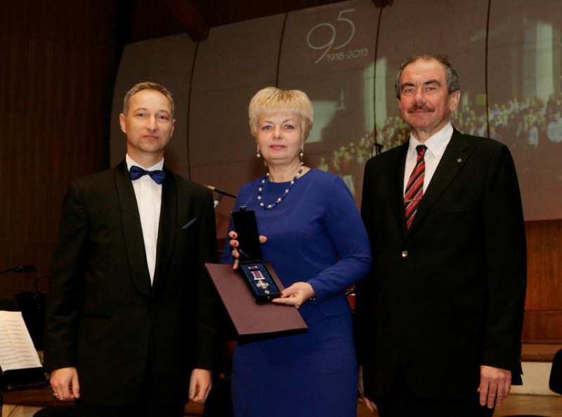 20.11.2013. On the 95th anniversary of the System of Justice, Inara Garda, the senator of the Supreme Court, received the Mark of Distinction of the System of Justice.
