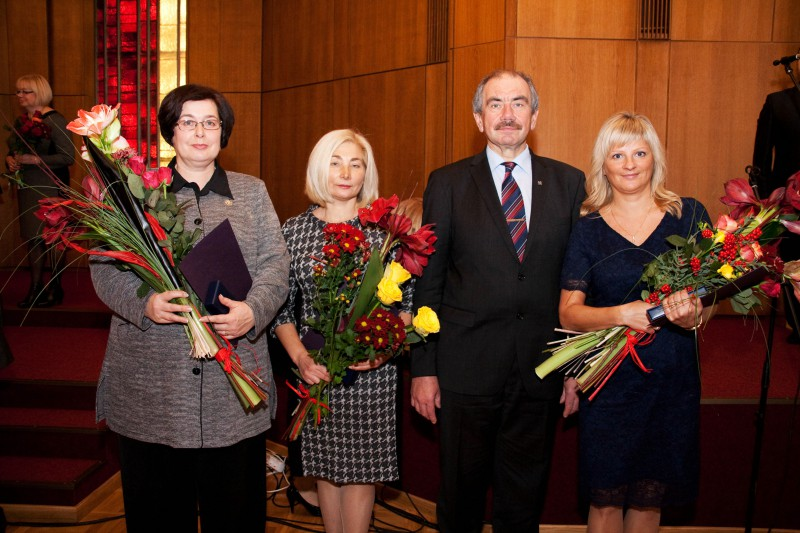 20.11.2015. At the ceremony organised by the Ministry of Justice due to anniversary of proclamation of the Republic of Latvia, the highest award of the system of justice – the Mark of Distinction – was presented to Anda Briede, the judge of the Department of Civil Cases, Anita Polkova, the judge of the Department of Criminal Cases, and Sandra Lapina, the Head of the Administration of the Supreme Court.