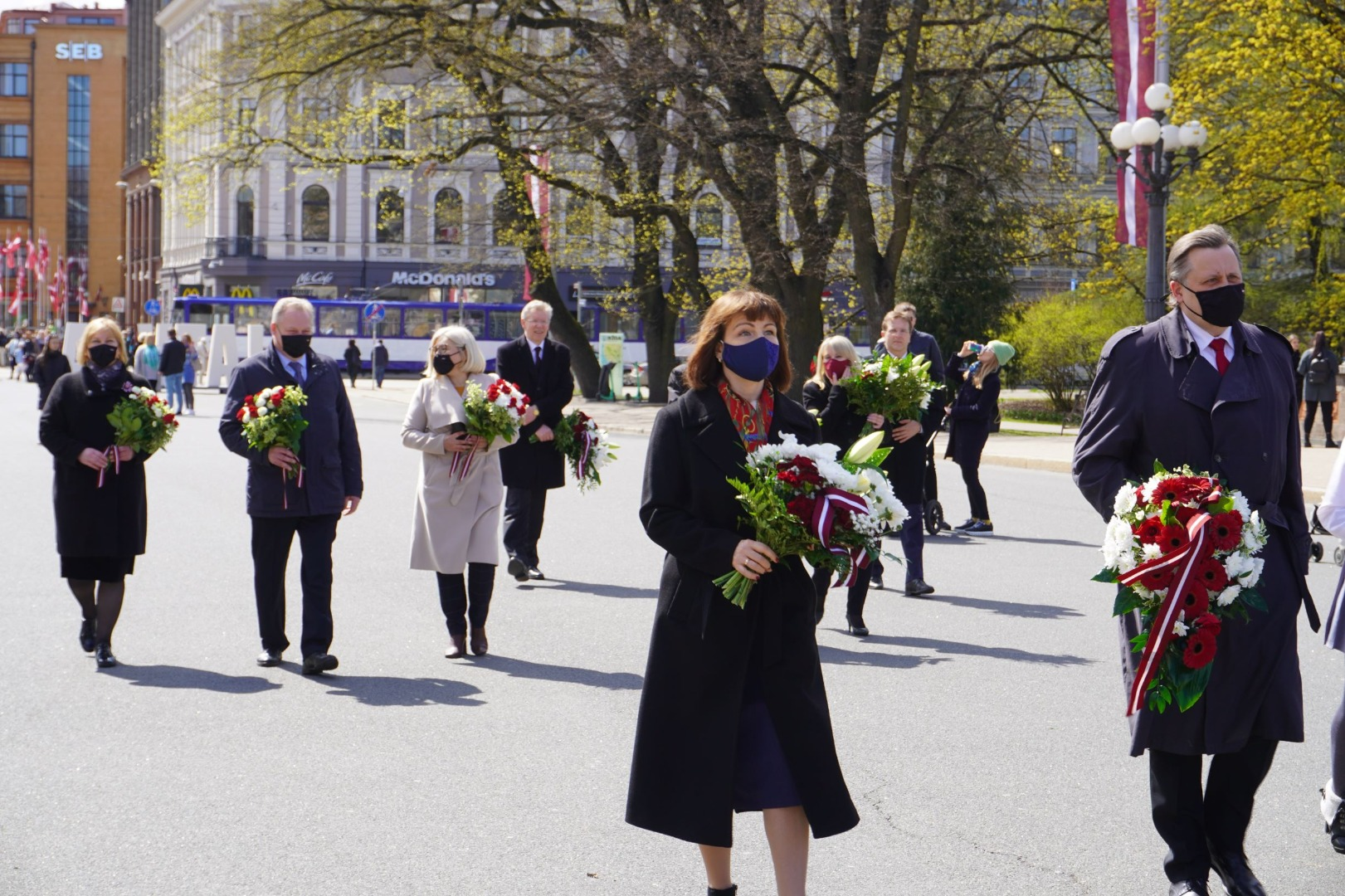 04.05.2021. The Chief Justice of the Supreme Court, the President of the Constitutional Court, chairs of Senate's Departments, and judges lay flowers at the Freedom Monument