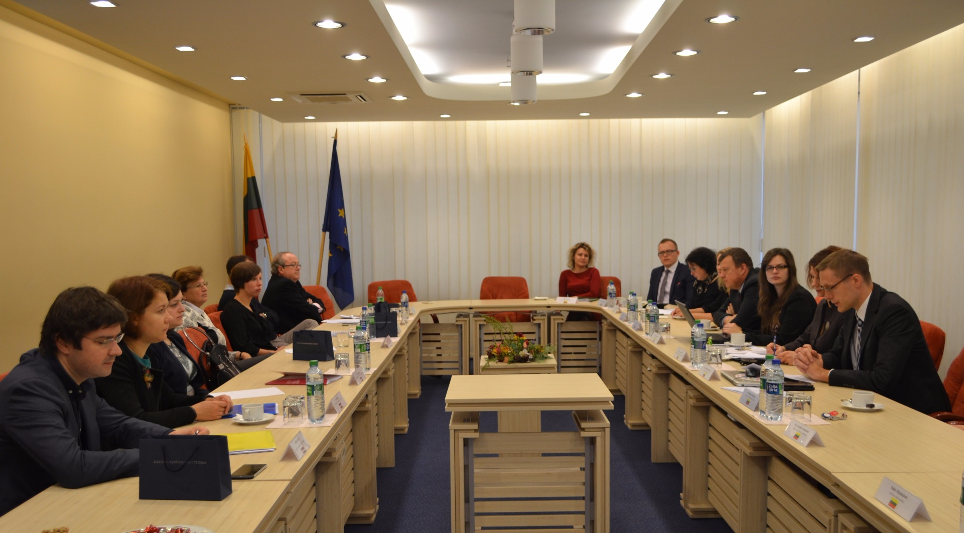"""19.10.2016. Within the framework of the project """"Supreme Courts as guarantee for effectiveness of judicial system in the European Union"""", the representatives of the Supreme Courts of Latvia, Lithuania, Hungary and Spain participated in a meeting in the Lithuanian Supreme Court and for three consecutive days took part in discussions and workshops on issue of publishing court rulings."""