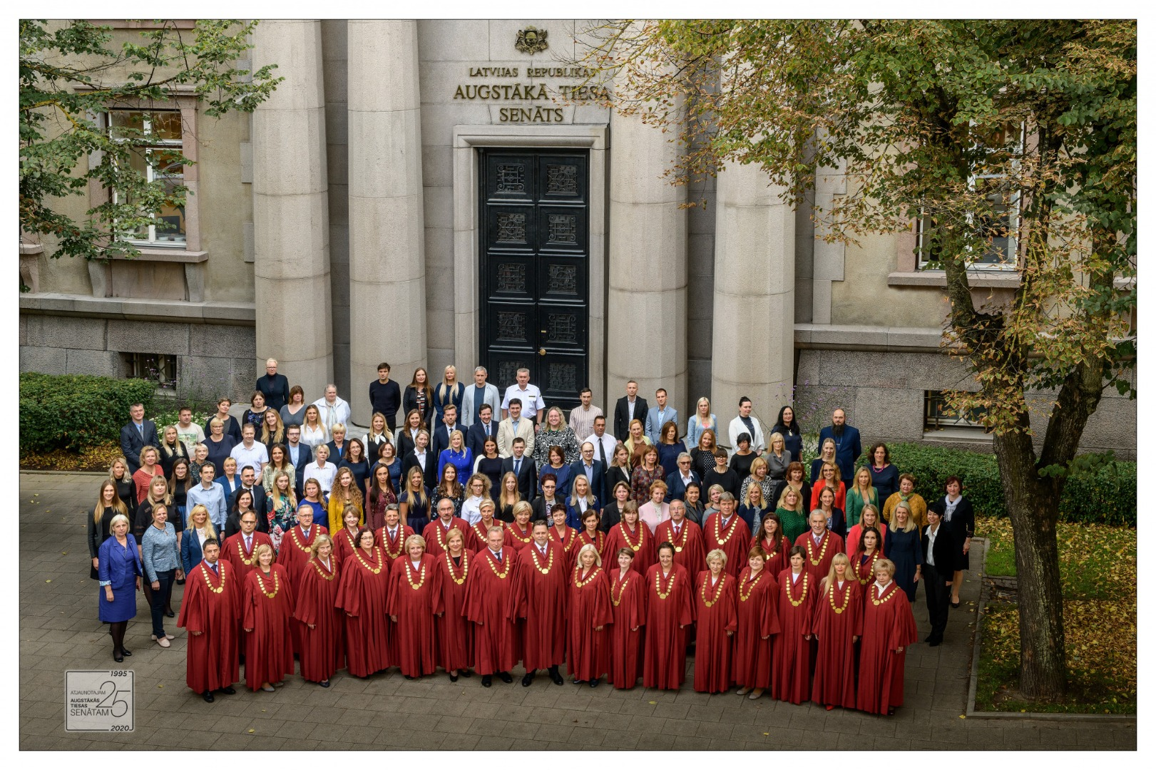 10.2020. Employees and senators of the Supreme Court in the photograph dedicated to 25-year anniversary of restored Senate