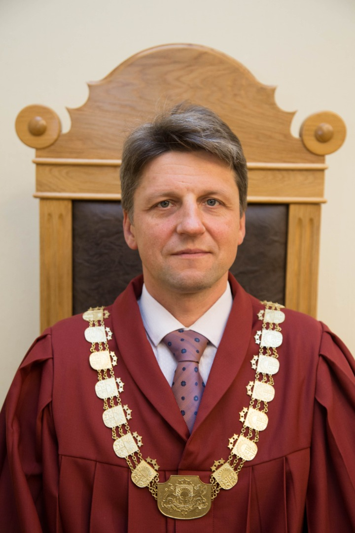 01.07.2019. By the decision of the Council for the Judiciary, Aivars Uminskis, judge of Riga Regional Court, was transferred to the position of a judge of the Supreme Court. The judge has 22 years of professional experience in criminal matters. He had been working as a prosecutor, and as a judge in the Latgale Regional Court and in the Riga Regional Court. He had been serving for four years as a judge in the Chamber of Criminal Cases of the Supreme Court.