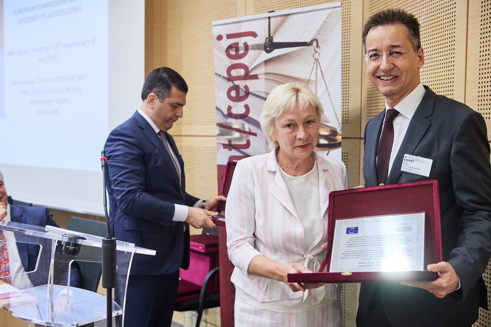 27.06.2018. At the plenary session on the 15th anniversary of the European Commission for the Efficiency of Justice (CEPEJ), Latvia's representative judge Aija Branta, received the award – a honorary plaque for contributing to the improvement of the quality and efficiency of justice in Europe. Colleagues from Andora, Finland, Germany and Hungary also received the award. The award was presented by CEPEJ President Georg Stawa.